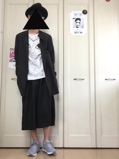 ホストに人気のモード系の服装