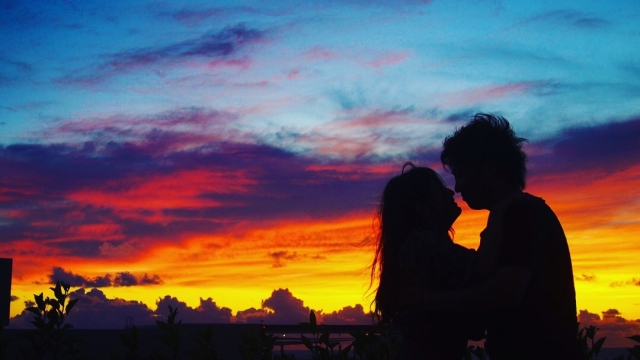 嫉妬や束縛をしないカップル