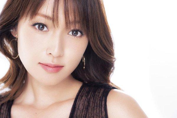 ホストにはまった芸能人の深田恭子