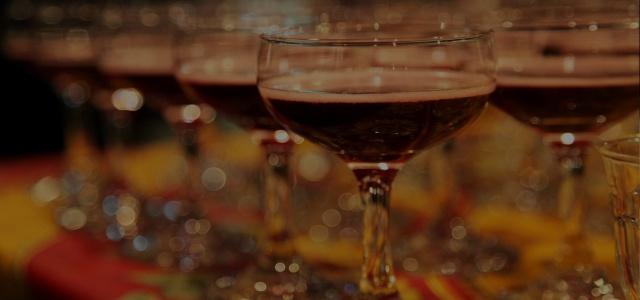 お酒を飲む必要がある